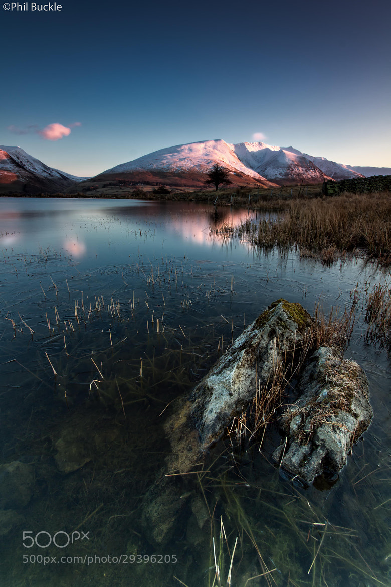 Photograph Tewet Reflection by Phil Buckle on 500px