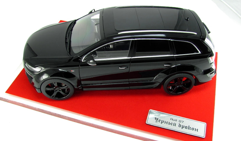 "The unique model of Audi Q7 ""Black Dragon"" from Moscow, scale 1/18, hand made"