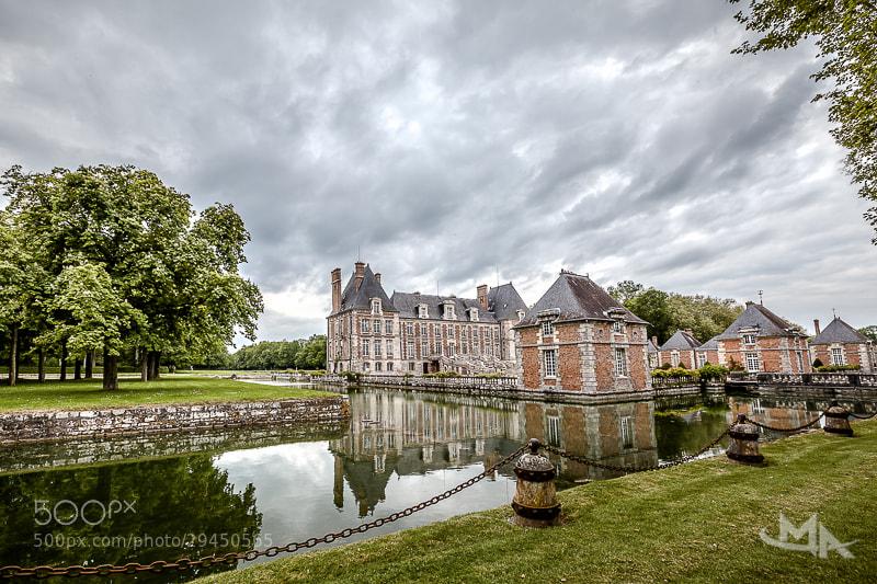 Photograph Château de Courances by Muriel Auvray on 500px
