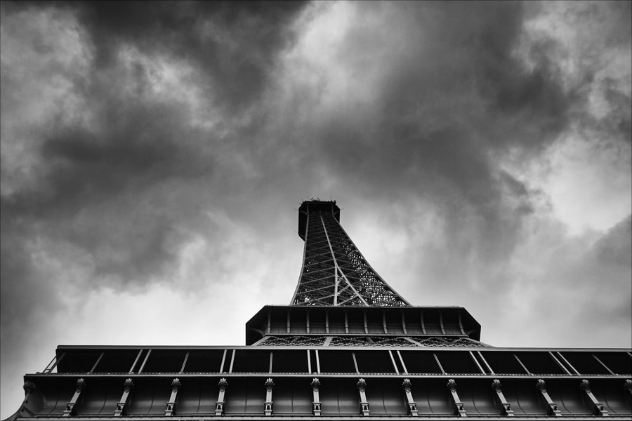 Photograph Drama in Paris II by Andrej Grznar on 500px