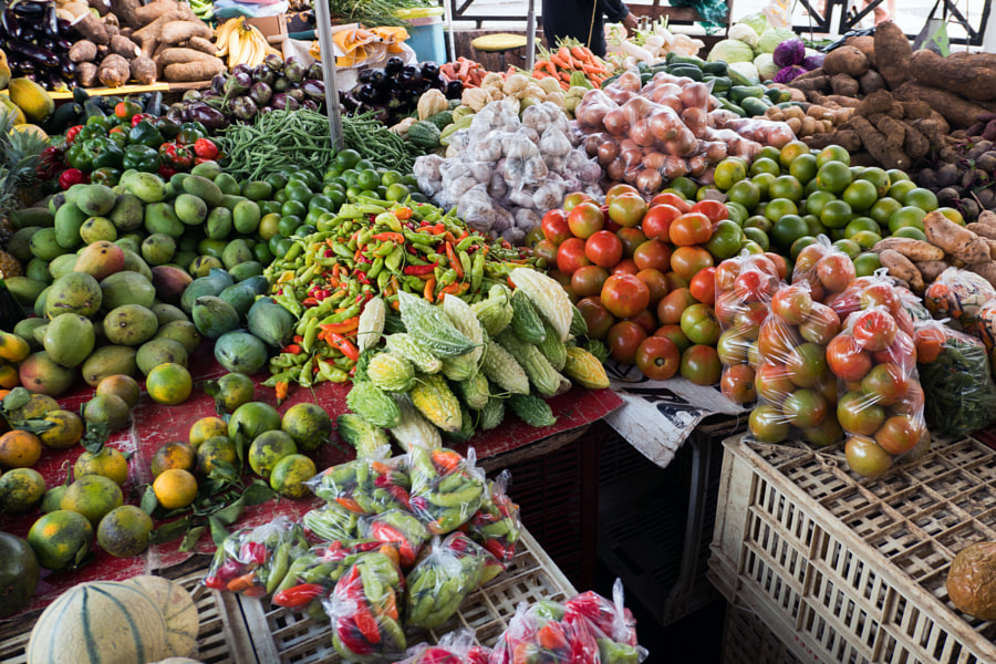 Couleurs de marché by Christine Druesne on 500px.com