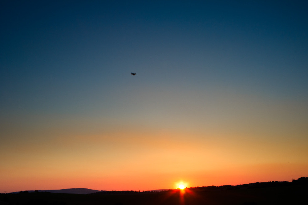 Photograph >> I fly into the sunset. << by Felix W. Sch on 500px