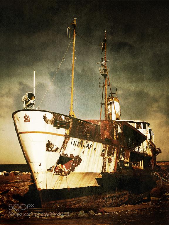 Photograph Forgotten Revolution by Hakan AKIRMAK on 500px