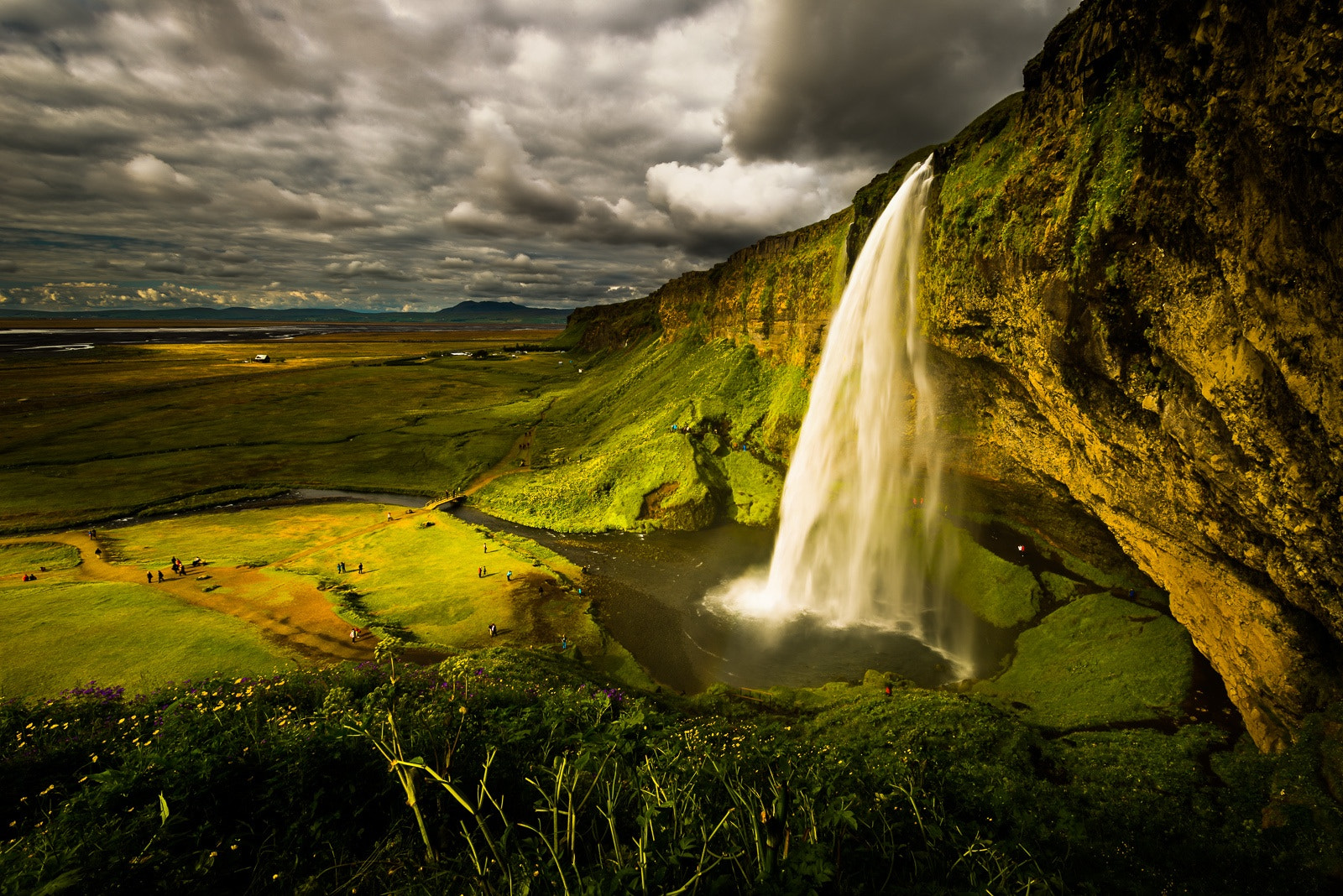 Photograph Seljalandsfoss Waterfall, Iceland by Howard Ignatius on 500px