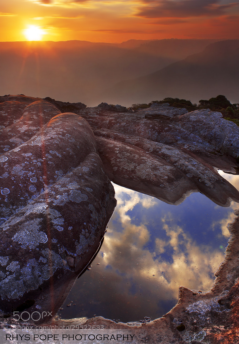 Photograph Clifftop Reflections || JAMISON VALLEY by Rhys Pope  on 500px