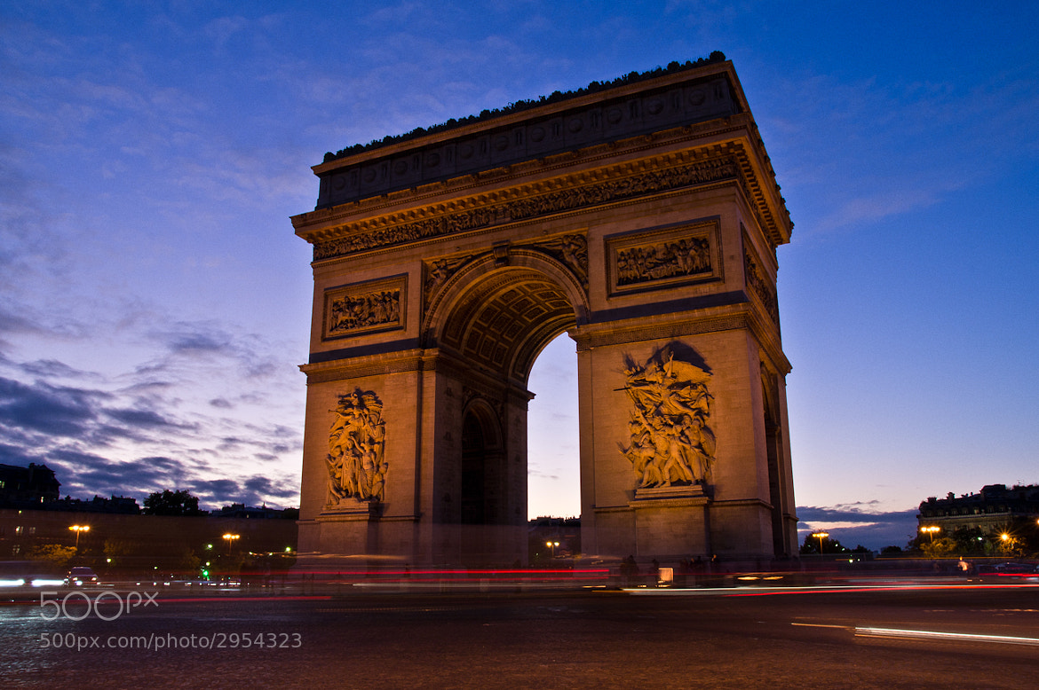 Photograph Arc de triomphe de l'Étoile by Mohamed Khalil El Mahrsi on 500px