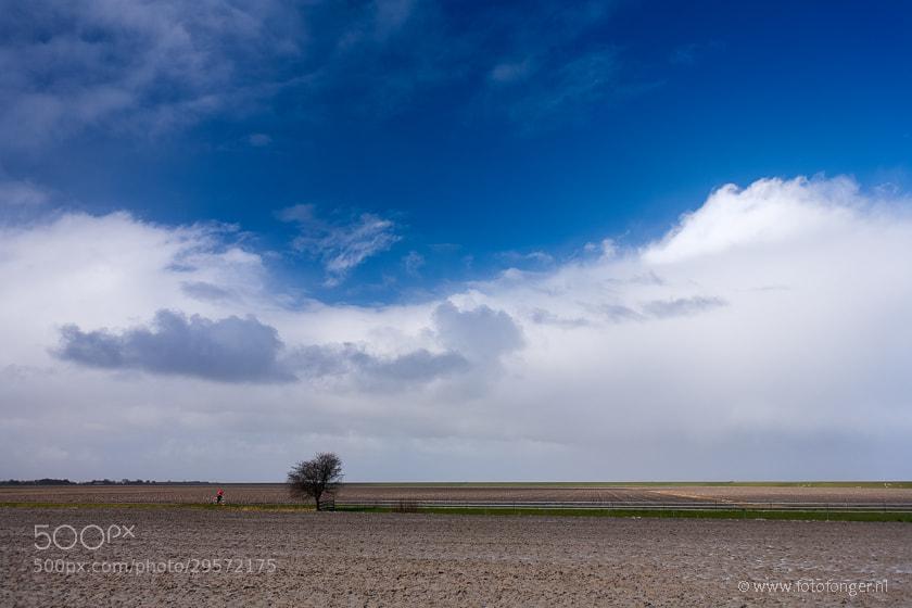 Photograph de eenzame fietser by Fonger de Vlas on 500px