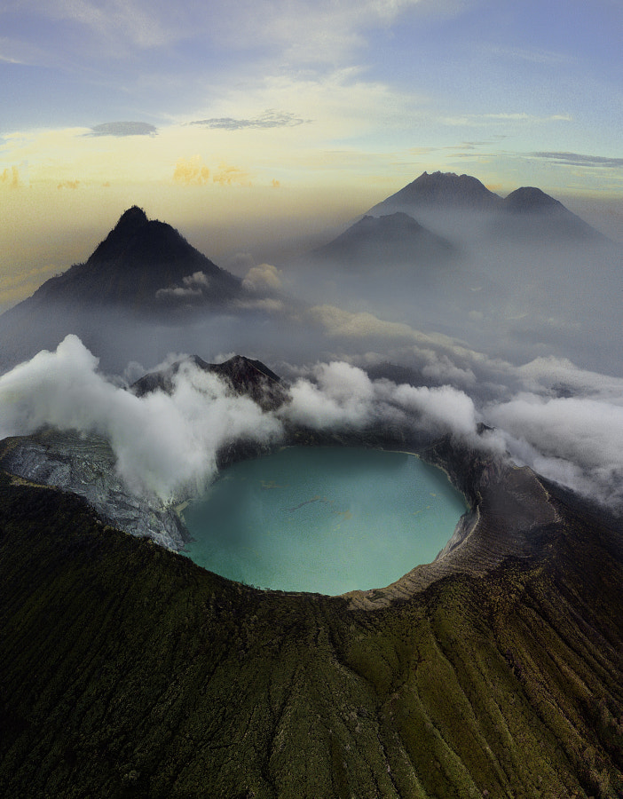 Droning Above Ijen by Malthe Rendtorff Zimakoff on 500px.com