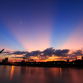 The Sky line by LANG SOLINA (Geofree)) on 500px.com