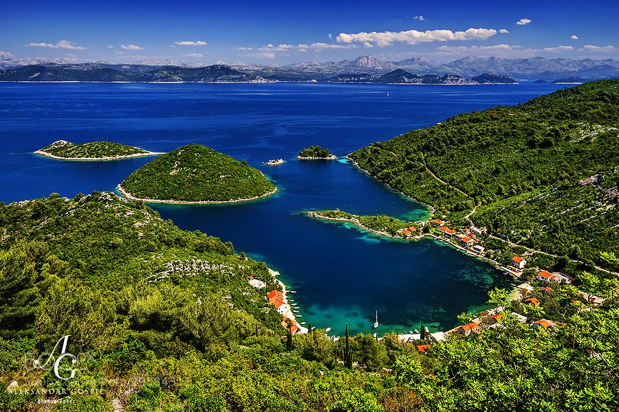 Prožurska Luka (Prožurska Harbour) is a small village on the amazingly beautiful Croatian island of Mljet