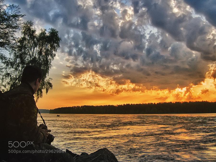 Photographer and sunrise by Tolik Maltsev on 500px.com