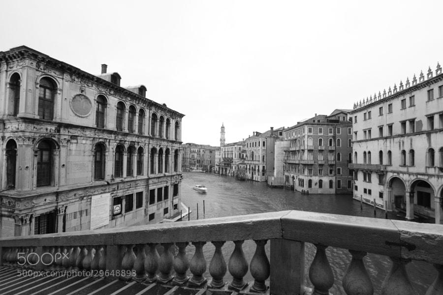 dal ponte di Rialto by flyingpenguin 70 (flyingpenguin70)) on 500px.com