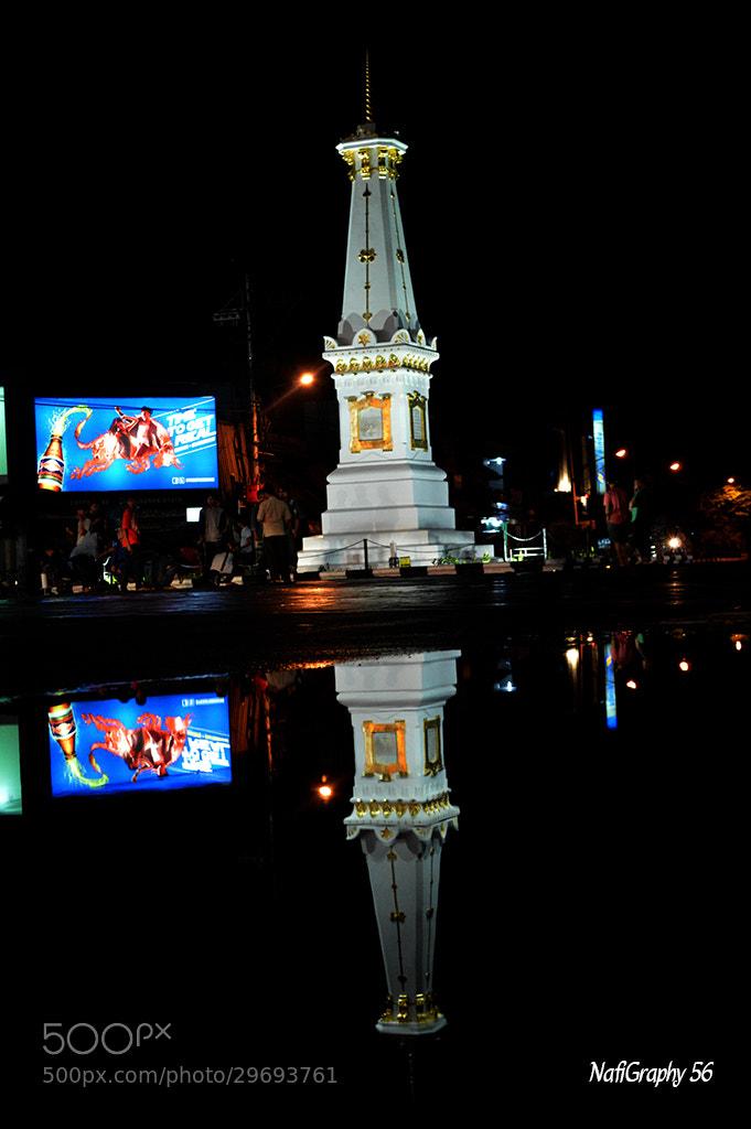 Photograph Tugu Yogyakarta - Mirror by Nafiul Mualimin on 500px