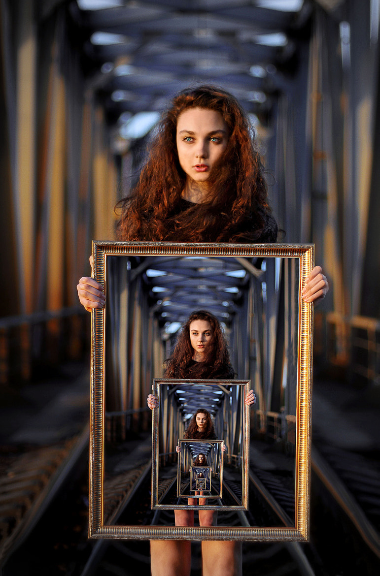 Photograph recursion by Dmitry Gievsky on 500px