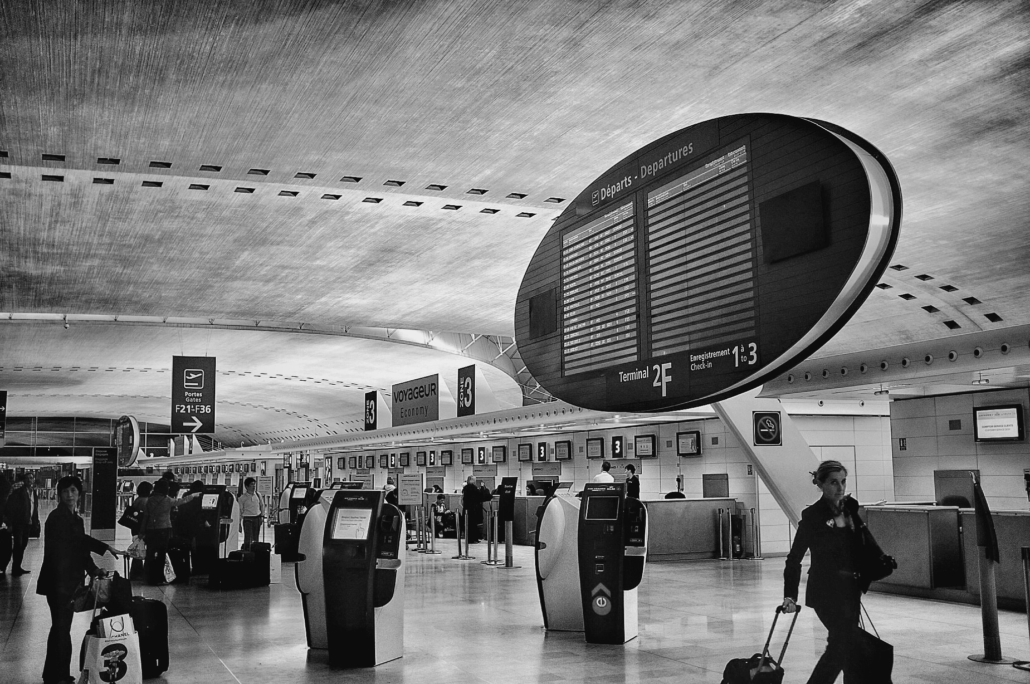 Photograph CDG by Juan C. Rueda S on 500px