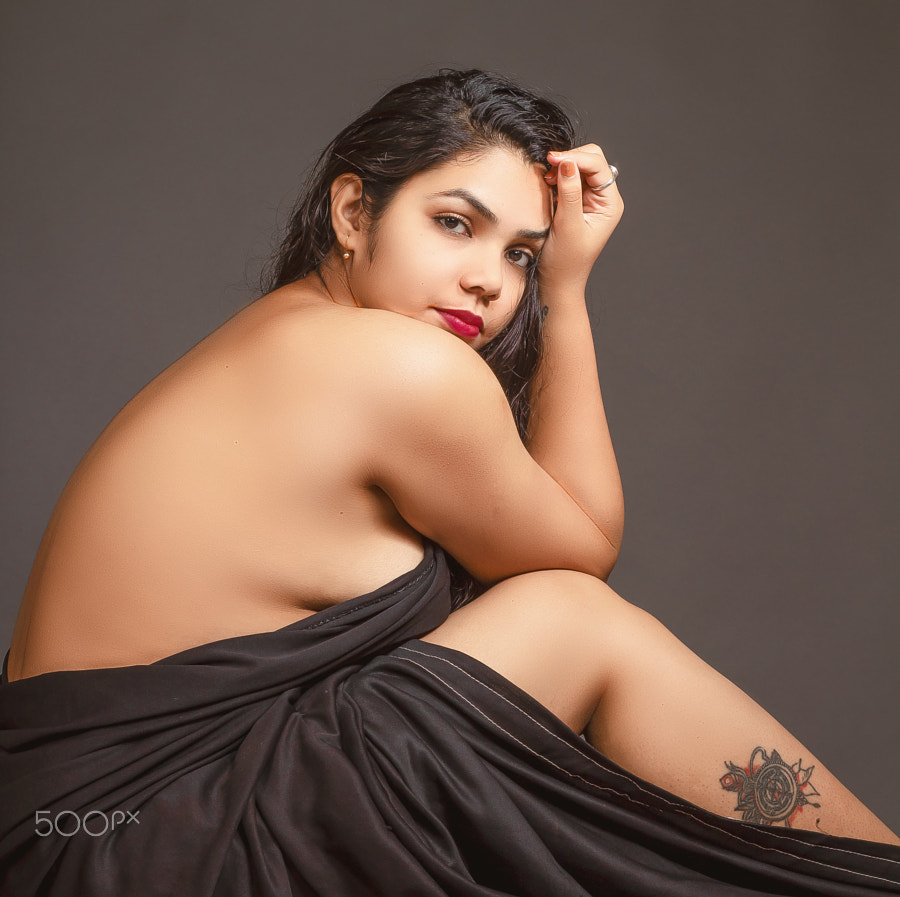 Nude model indian Free Shanaya