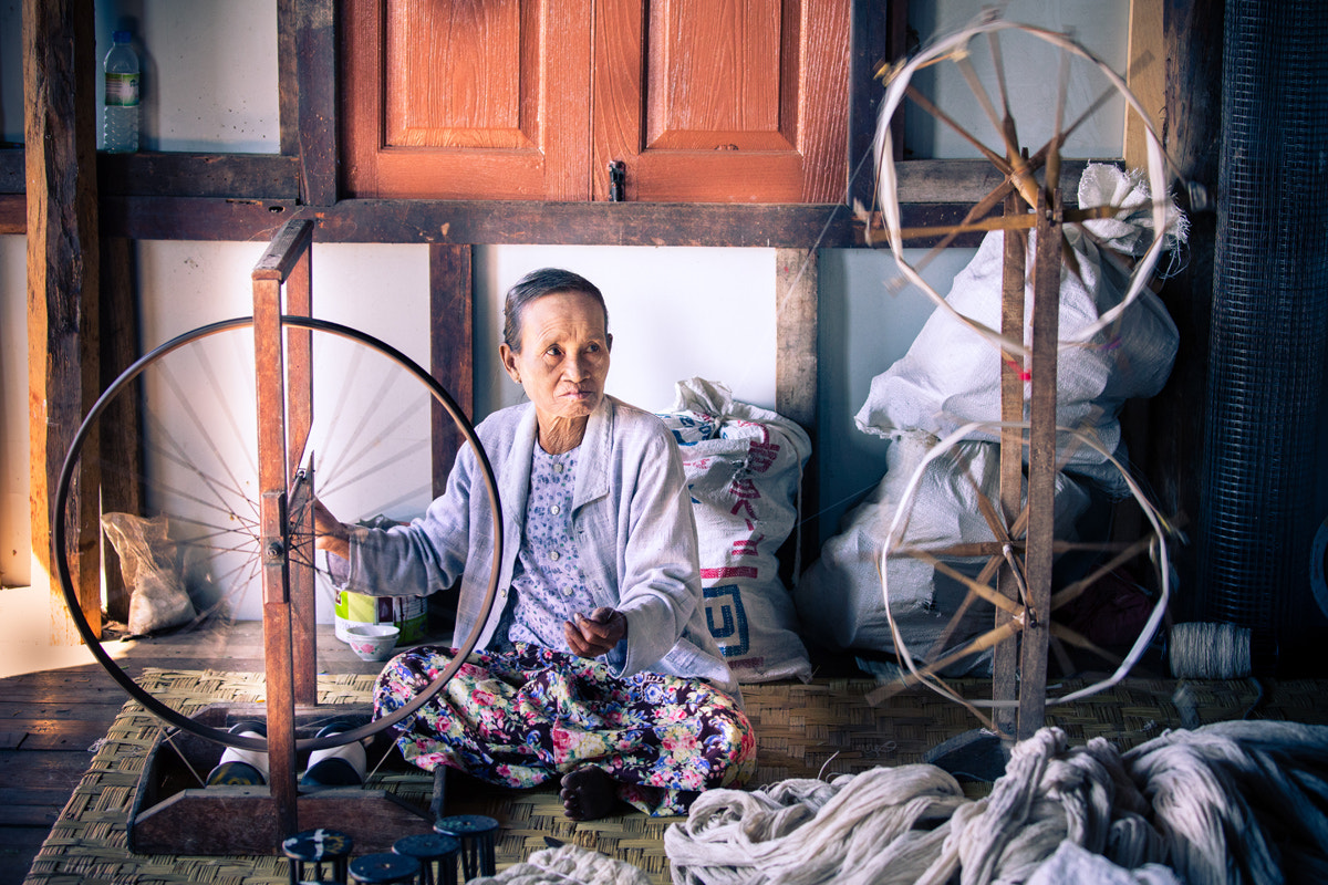Photograph The old weaver by Philippe CAP on 500px