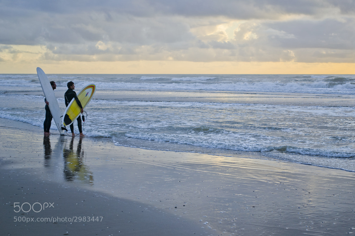 Photograph Surfers look at the waves by Edouard Bernard on 500px