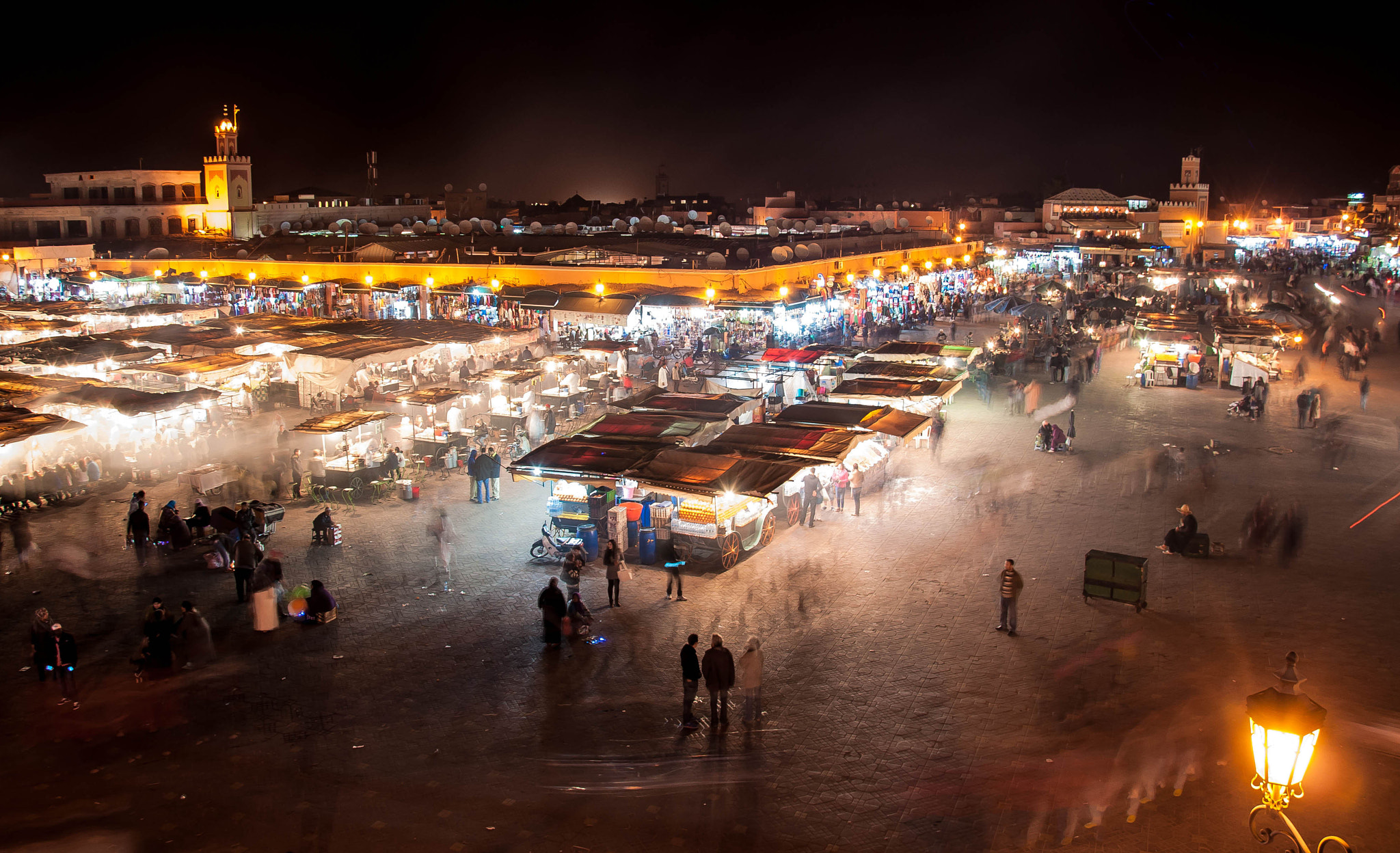 Photograph Jemaa el-Fna square by Léo  Lamant on 500px