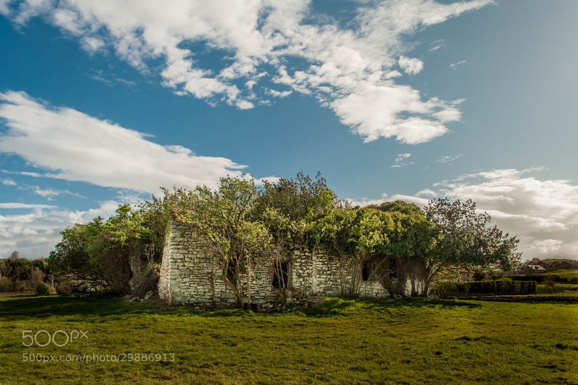 Photograph Casa abandonada by Pablo LaVegui on 500px
