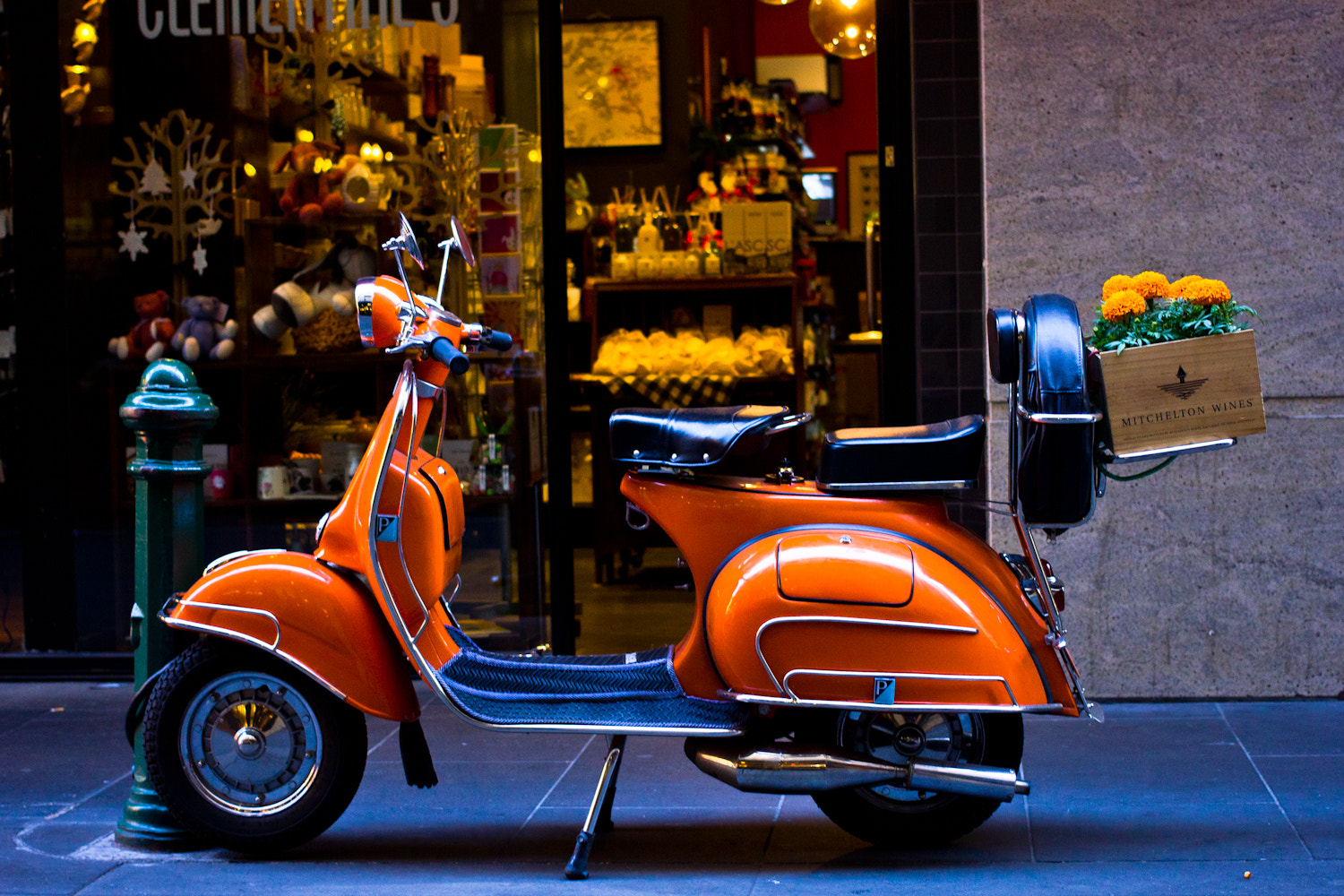Photograph retro vespa by Edib Unal on 500px