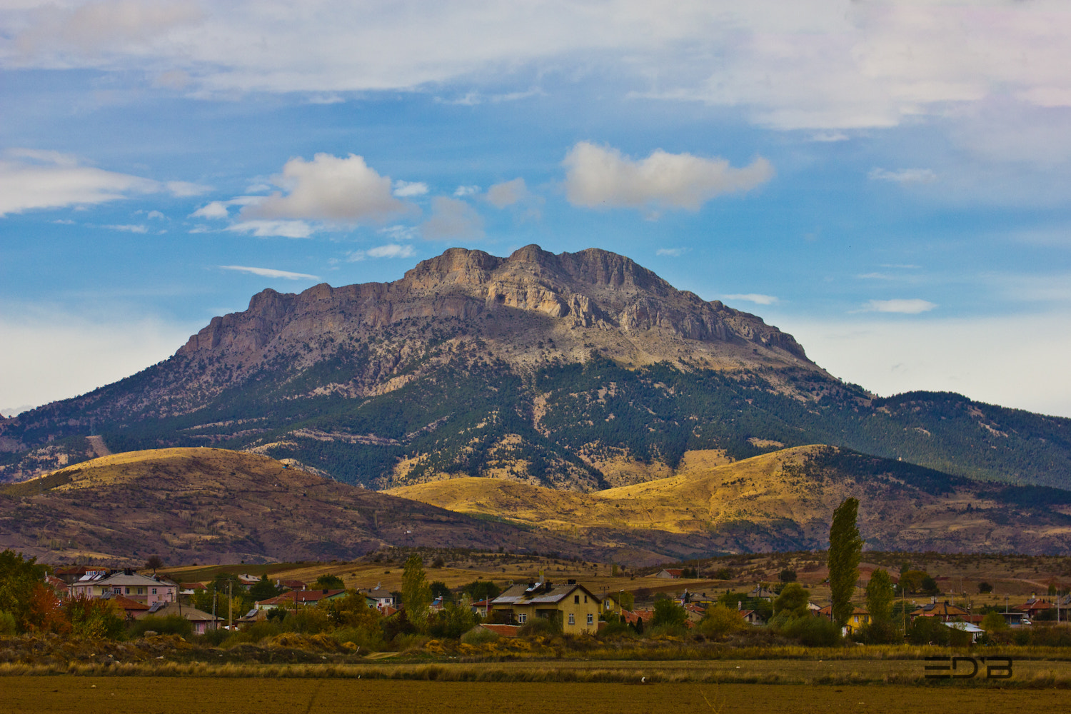 Photograph a town in the valley by Edib Unal on 500px