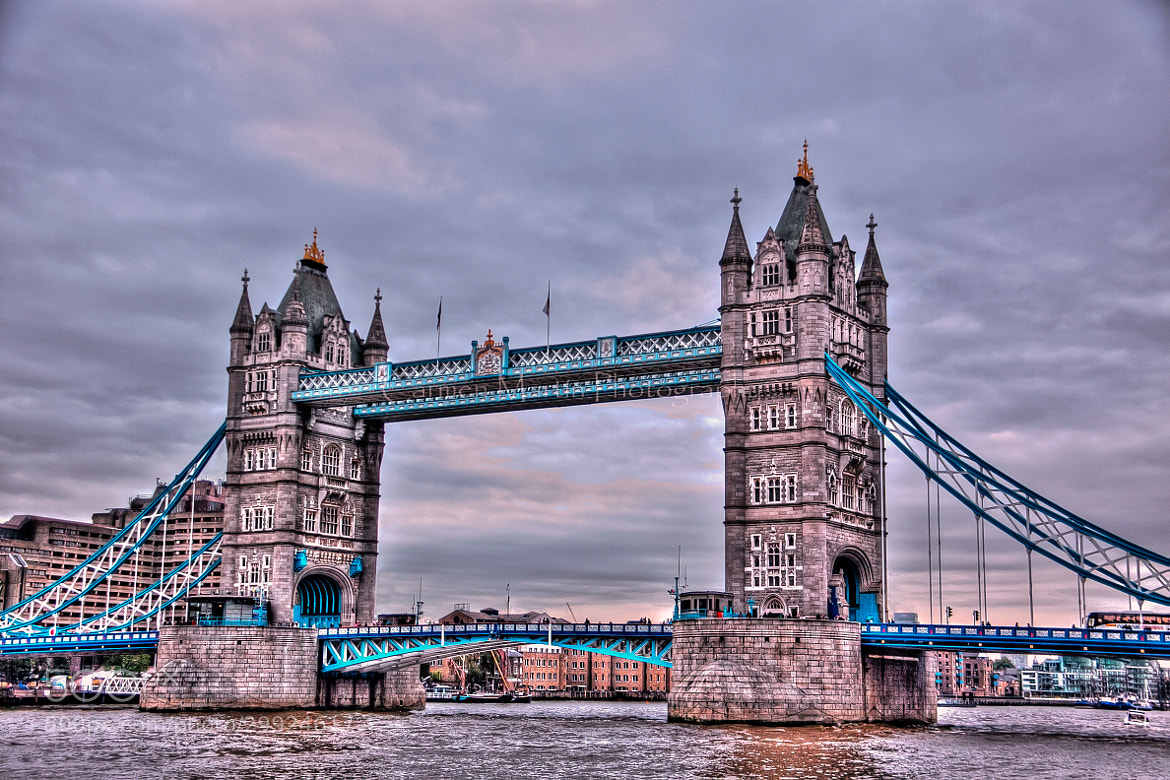 Photograph The Tower Bridge of London by Carmen Martín on 500px