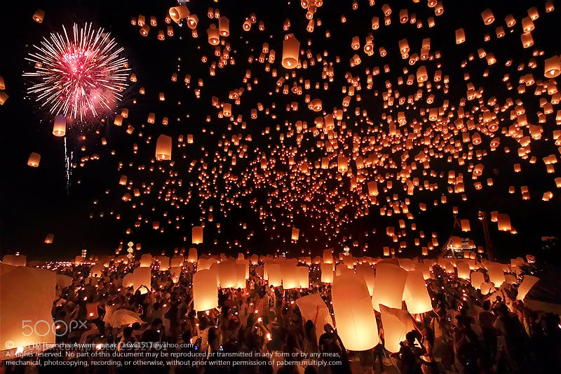 Photograph Yee Peng Festival'2011 by Bob Asawa on 500px