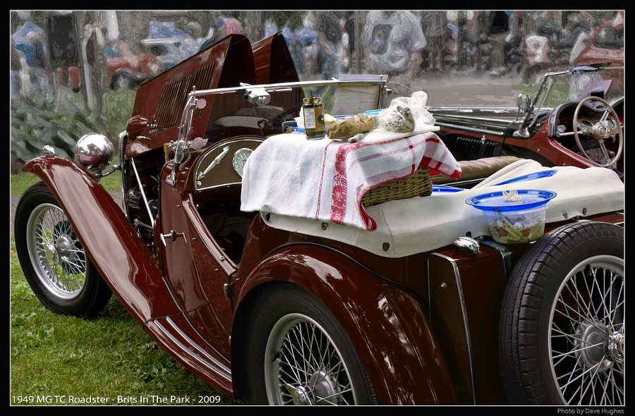 1949 MG TC Picnic