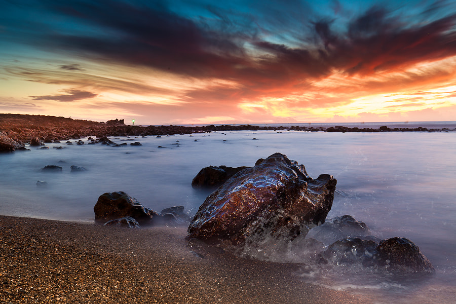 Rocher sur la plage by Marc Romang on 500px.com