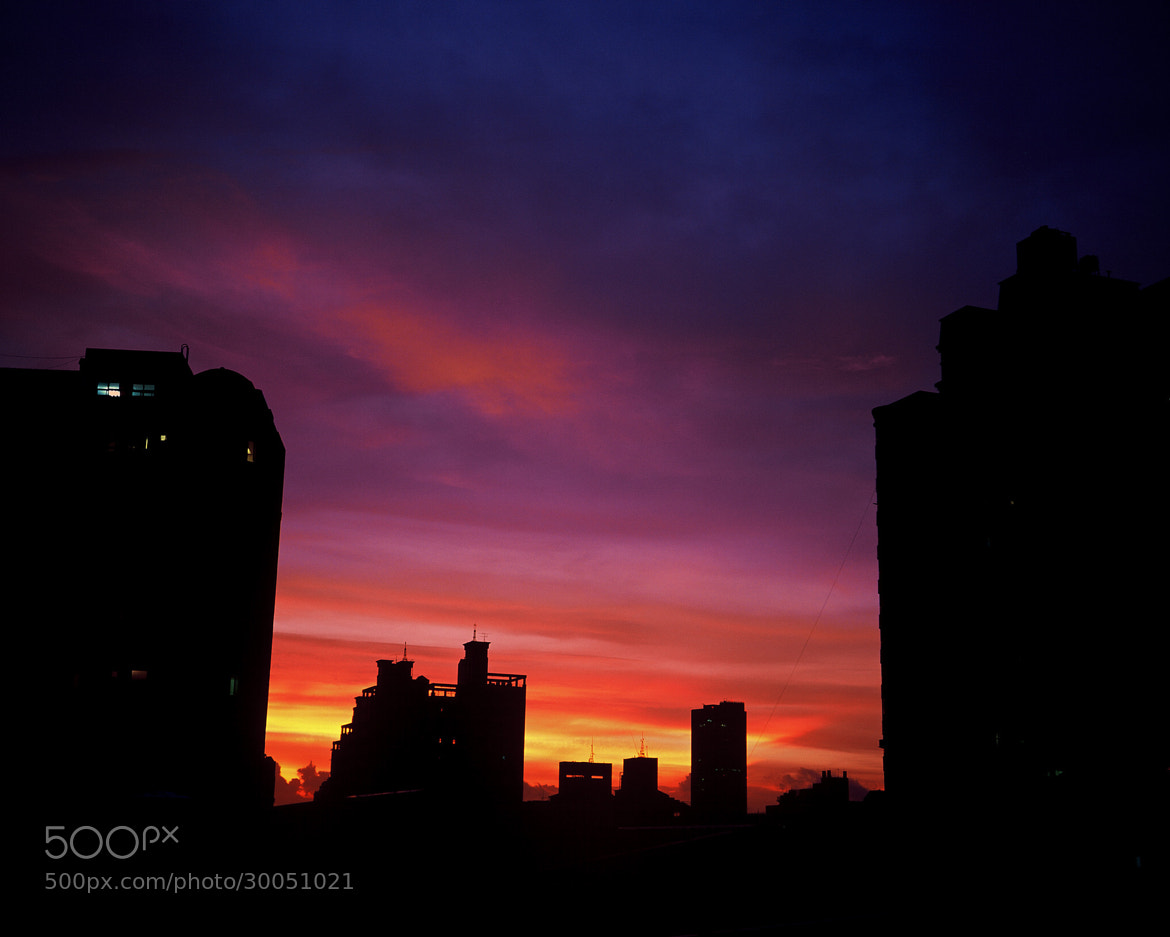 Photograph The sunset glow of the city by Po-Yueh Hsieh on 500px