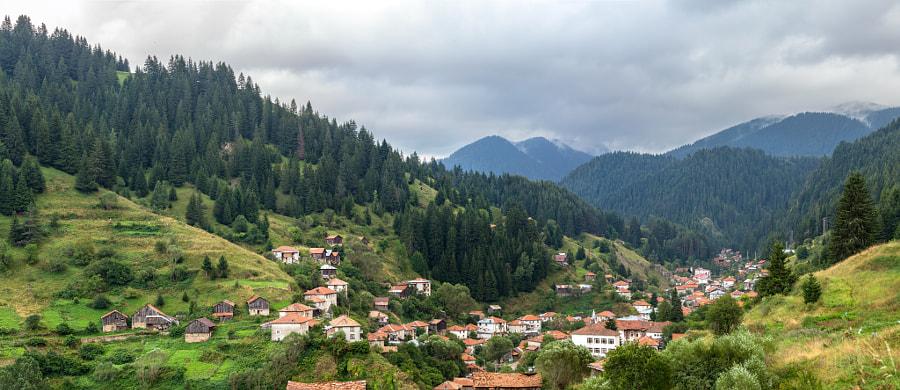 Болгария. Родопы. Село Мугла