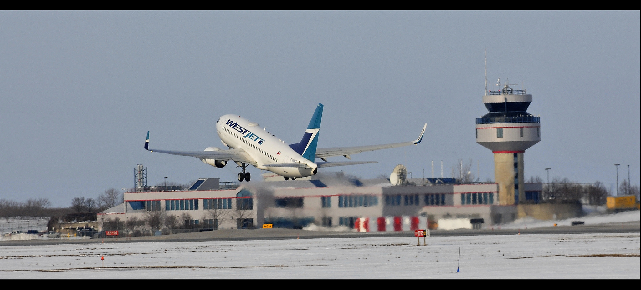 Photograph WestJet by Jarek Stroka on 500px