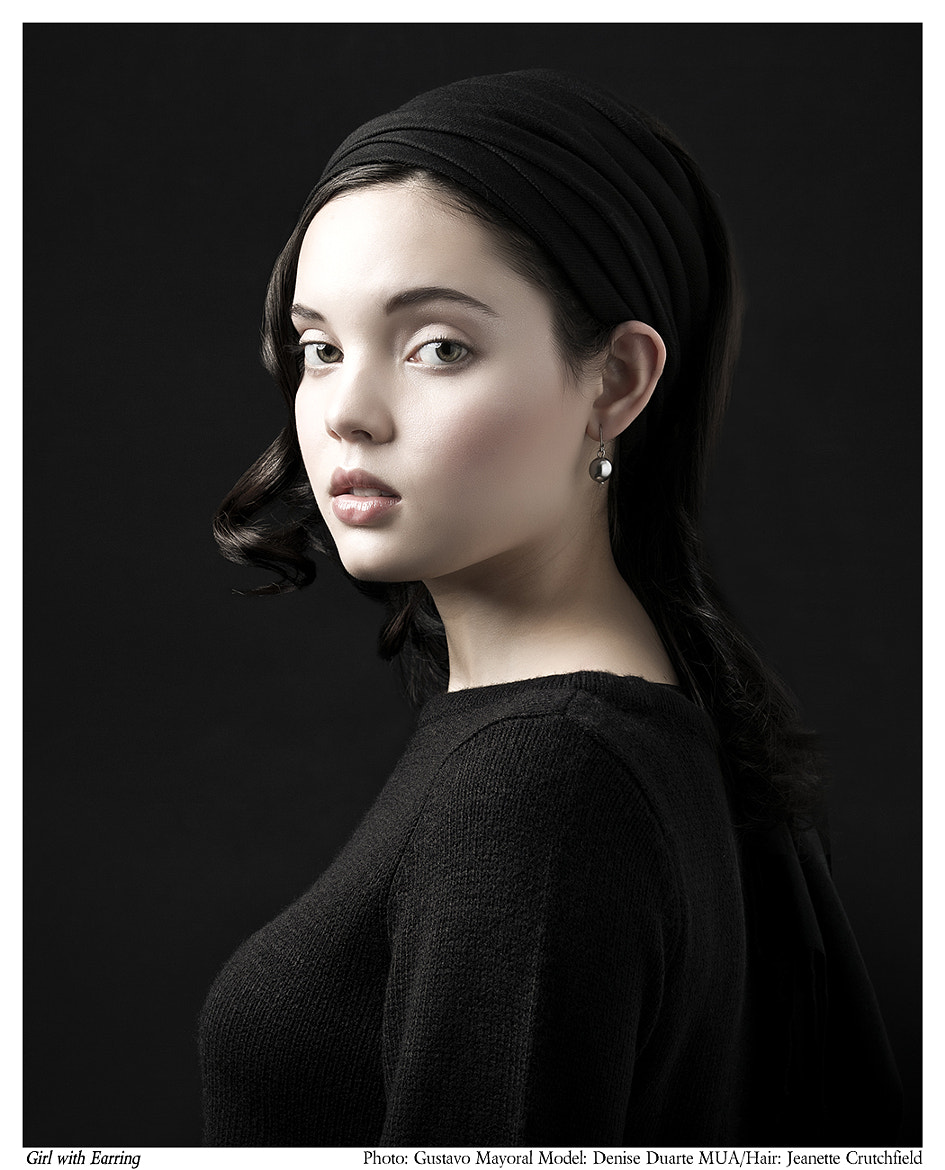 Photograph Girl with earring by Gustavo Mayoral on 500px