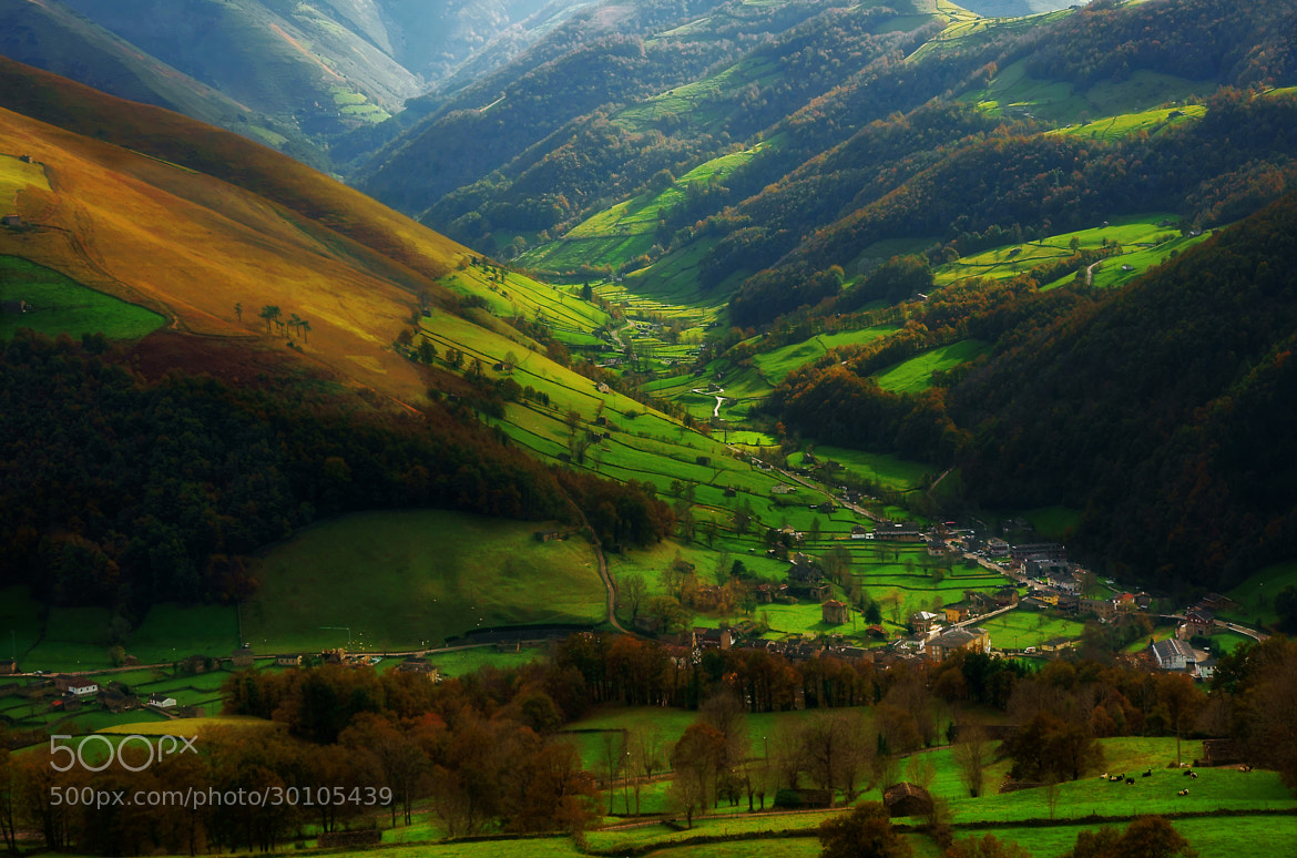Photograph sun in the deep valley by kiminur lurra on 500px