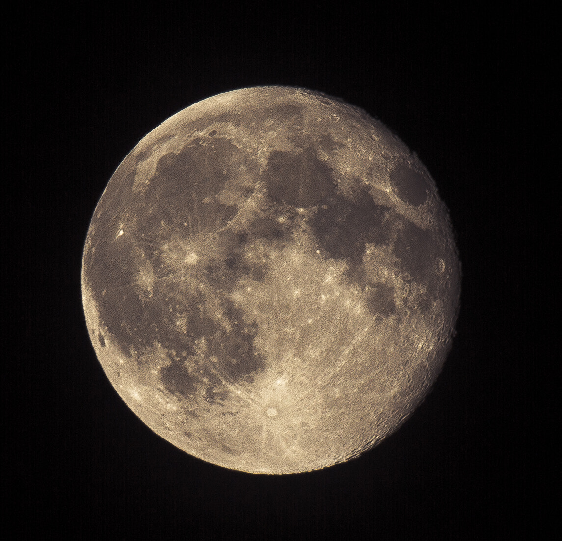 Photograph the moon by Michael Dockhorn on 500px