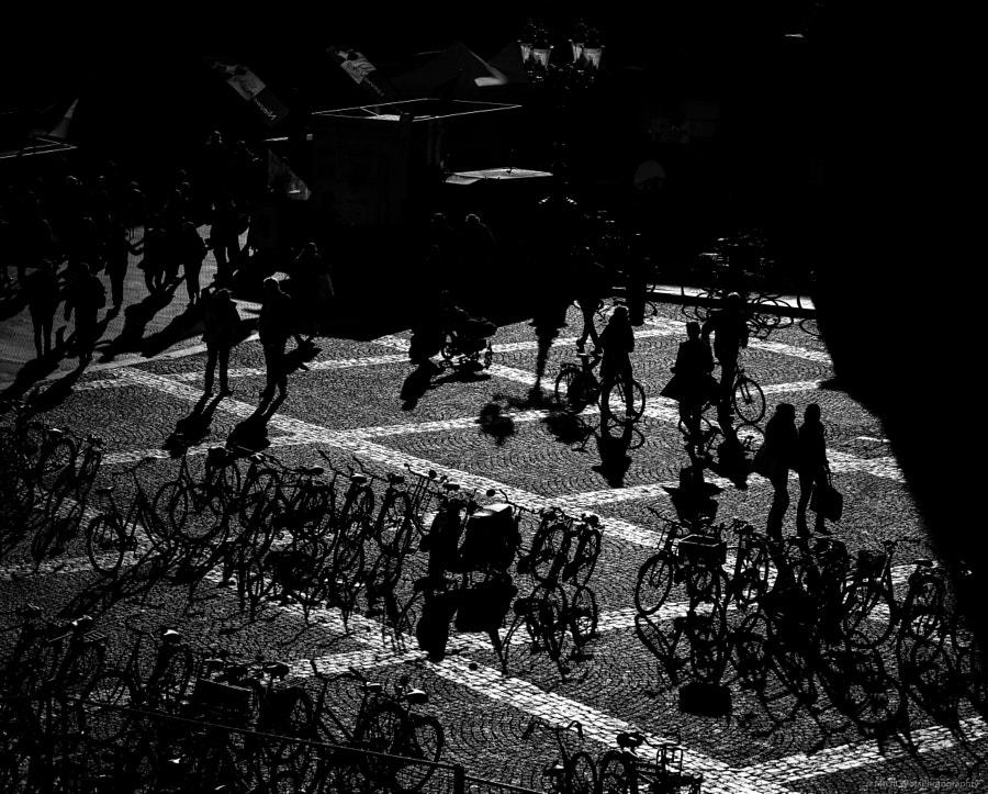 CityWalkers (15-02-2019) by DillenvanderMolen #MrOfColorsPhotography #PortfolioOfColors... by MrOfColorsPhotography  on 500px.com