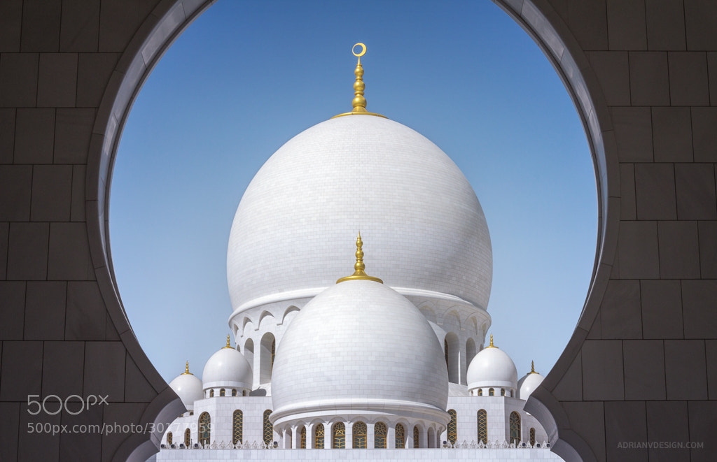 Photograph Sheikh Zayed Grand Mosque by Adrian Red on 500px