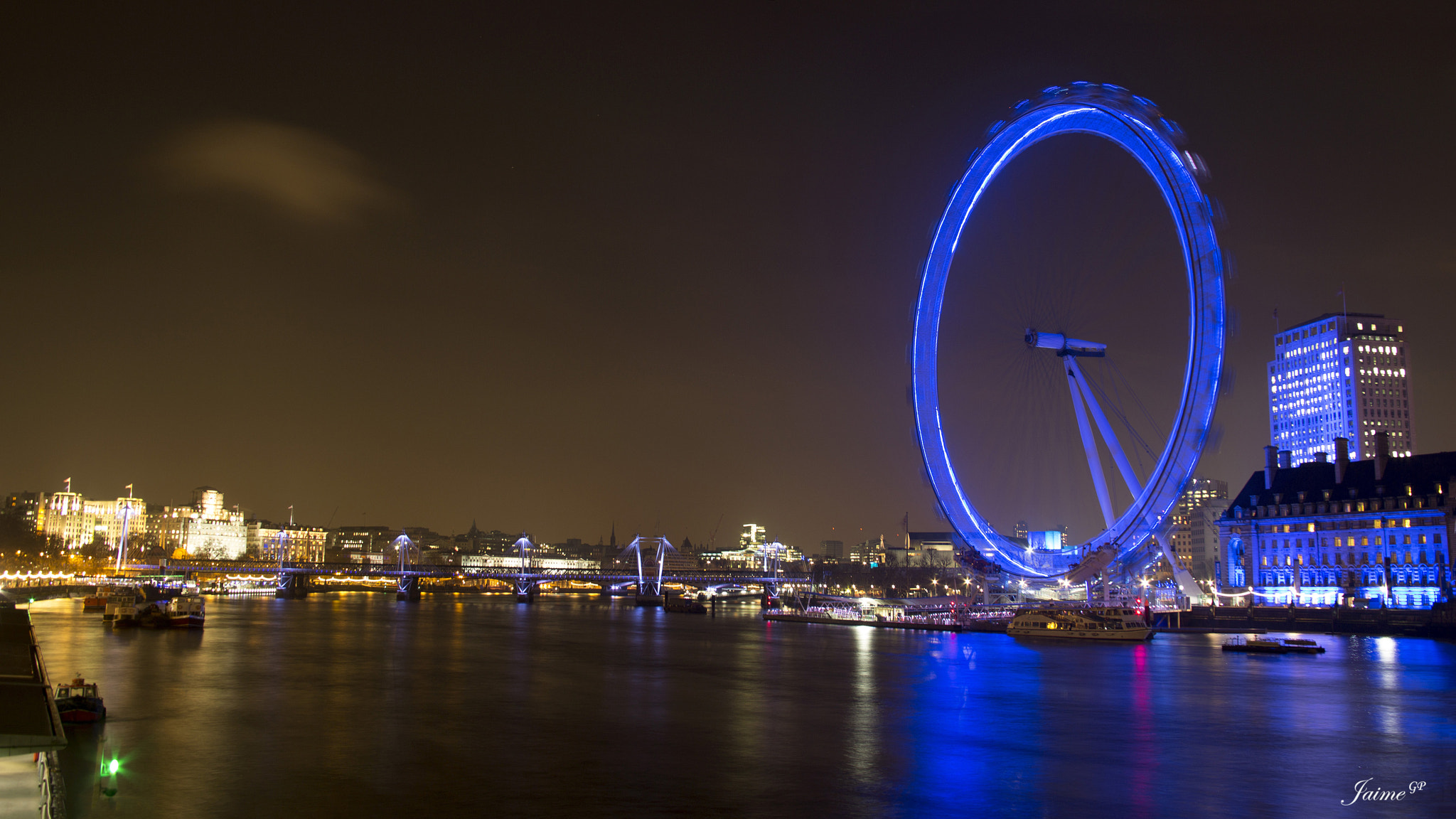 Photograph Thames night by Jaime GP on 500px