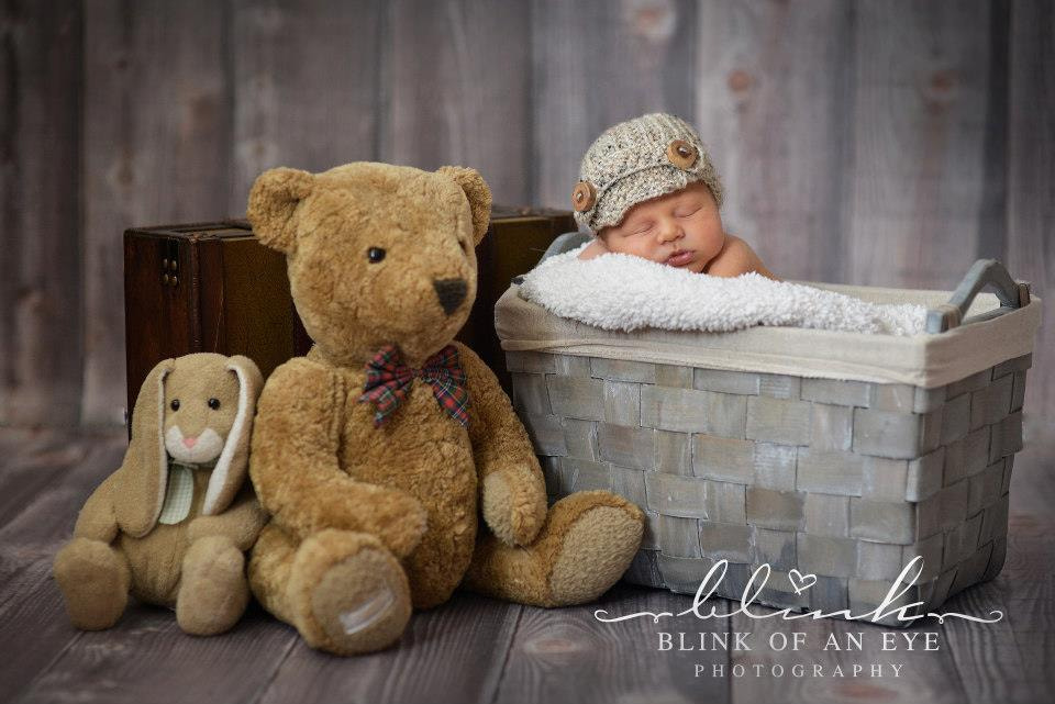 Photograph Blink Of An Eye Baby Photography by Eva Mende-Gibson on 500px