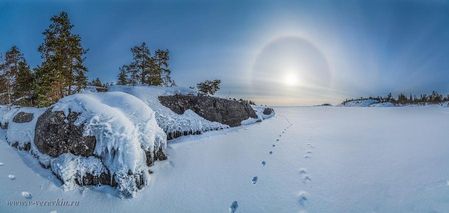 Coast of the frozen Lake Ladoga. by Vitalii Verevkin on 500px.com