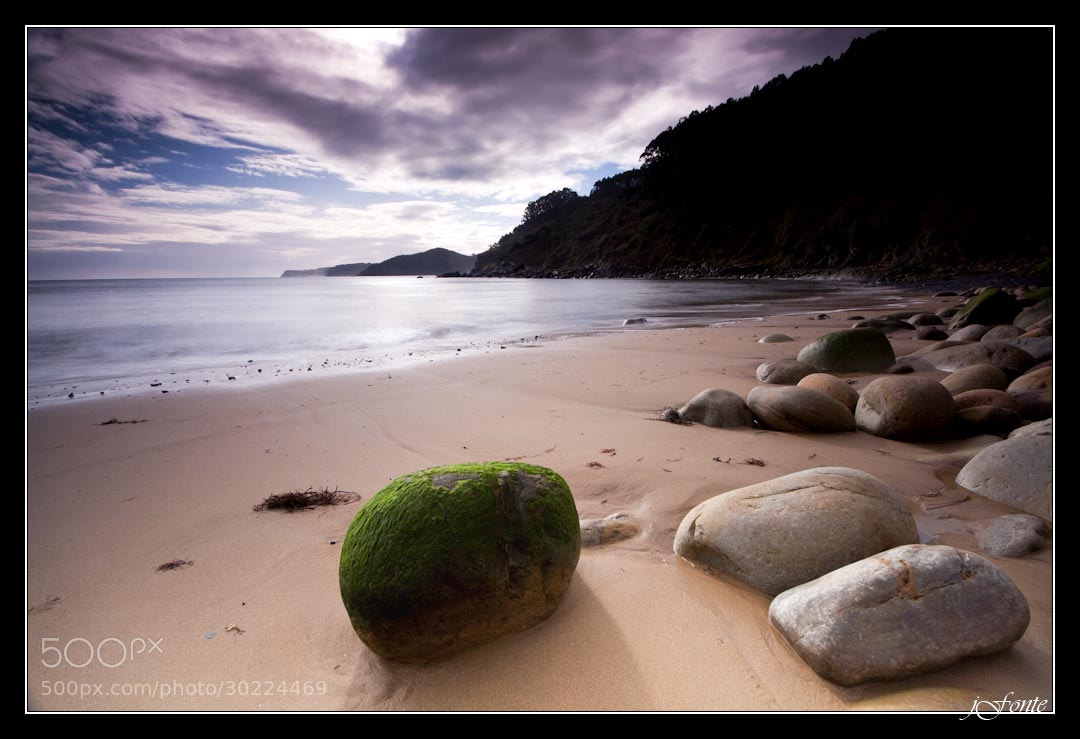 Photograph The green ball by Jose Fonterosa on 500px