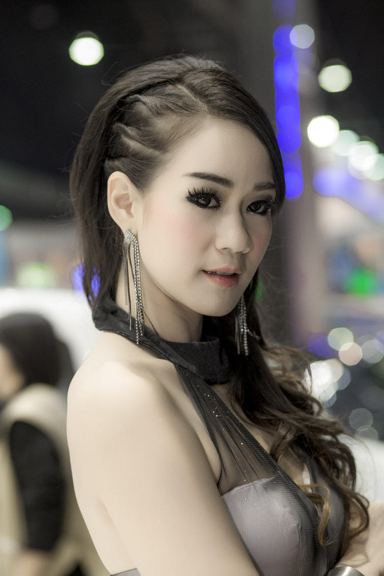 Photograph Tassama Damdaeng female model Thailand by Foto Pretty on 500px