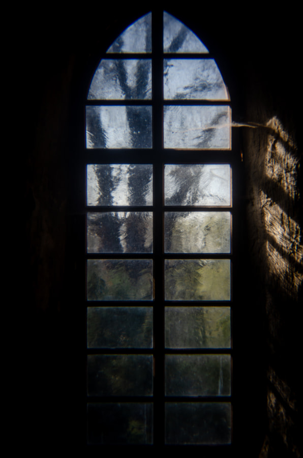 window by dirk derbaum on 500px.com