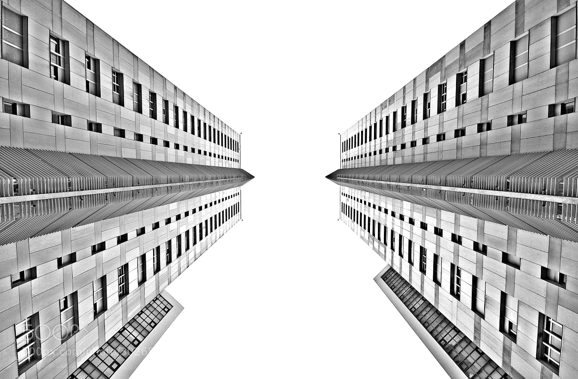 """Photograph Twin Towers by Carlos Silva """"Avlisilva"""" on 500px"""