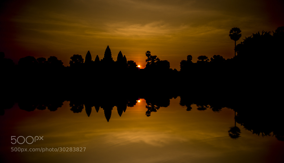Photograph Silhouette Angkor wat by Luhes on 500px
