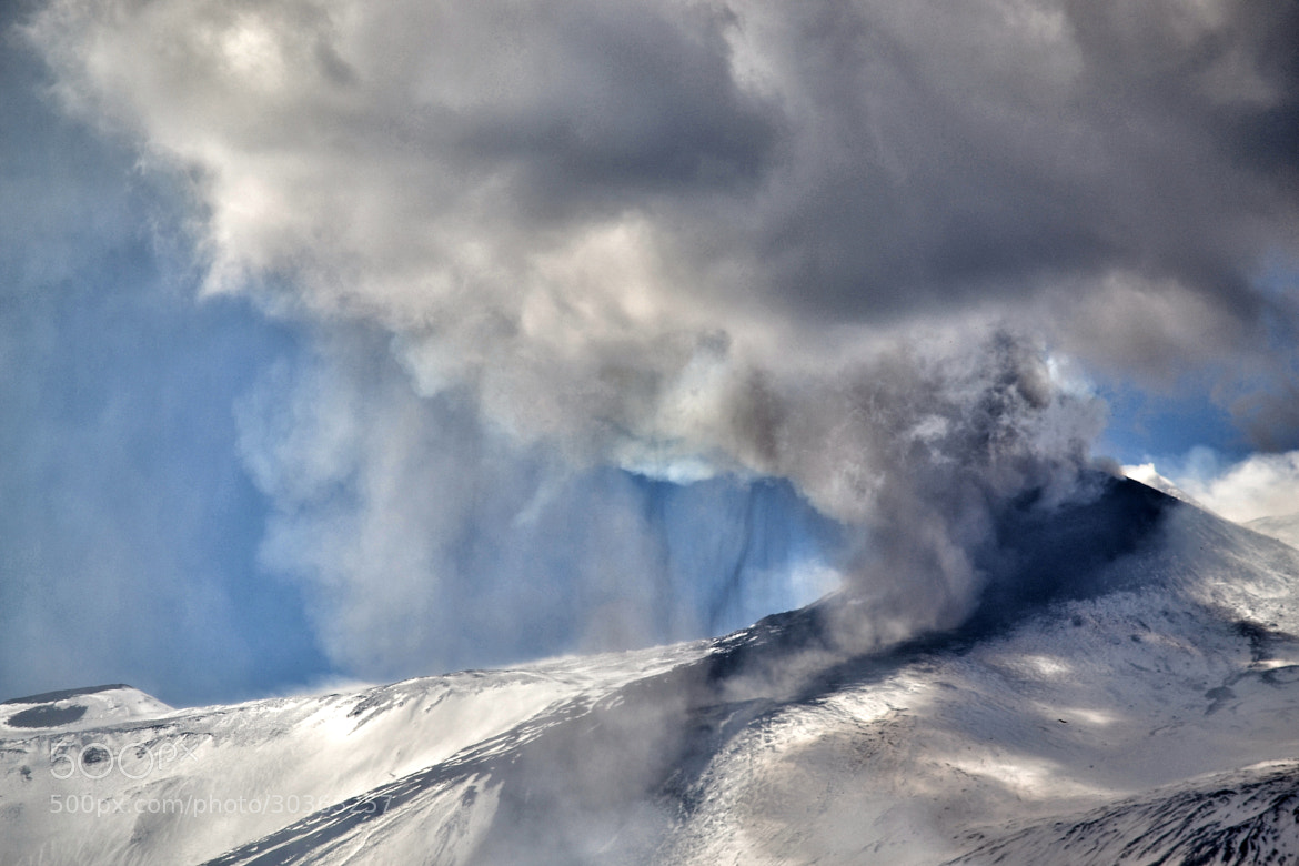 Photograph the explosion by Salvo Mangiaglia on 500px