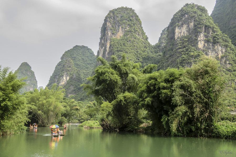 Rivière dans la campagne de Yangshuo,Chine by Surbled Sylvia on 500px.com