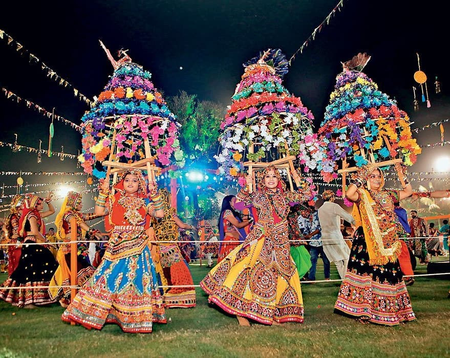 Garba Dance Classes Ahmedabad by SurTaal Performing Art on 500px.com