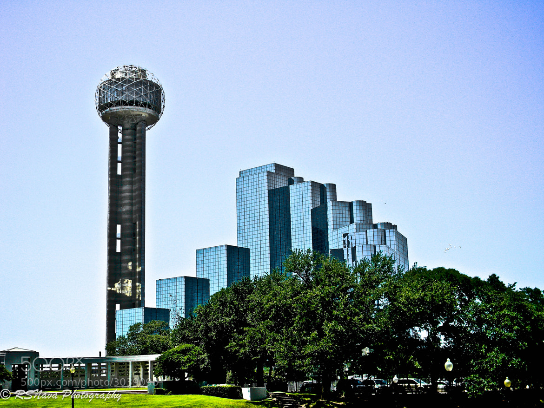 Photograph Reunion Tower by Ricardo S. Nava on 500px